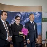 Horváth Szabina veszi át a Miniszteri Elismerő Oklevelet (Fotó: Pelsőczy Csaba)
