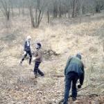 Önkéntesség Domonyvölgy határában (Fotó: Zöldövezet Társulás)