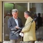 dr. Korsós Zoltán, a múzeum főigazgatója és Füri András, a Duna-Ipoly Nemzeti Park igazgatója a bemutatott albummal (Fotó: György Zoltán)