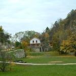 A Pál-völgyi kőfejtő és a fogadóépület