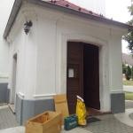 A hermetikusan lezárt templomtornyokba kizárólag a költőláda kihelyezések teszik lehetővé a baglyok költését. (Fotó: Klébert Antal)