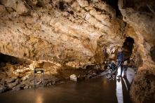 A Szemlő-hegyi-barlang akár babakocsival is látogatható (Fotó: Egri Csaba)