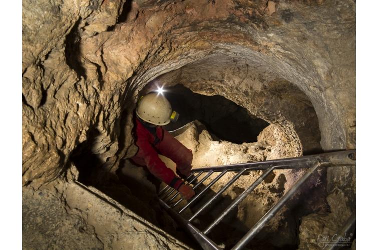Sátorkőpusztai-barlang 2