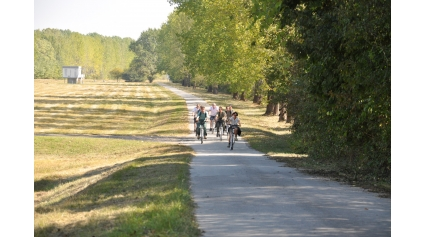 DINPI kerékpártúra